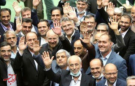 برنده جنگ بودجه چه کسی بود؟/ دولت، مجلس یاجبهه پایداری، یا احمدی نژادی ها!