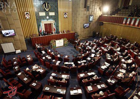 شأن مجلس خبرگان رهبری را در حد تبلیغاتچی دولت پایین آوردهاند/ اقتدارگریان با قدسیسازی میخواهند خود را به مردم تحمیل کنند
